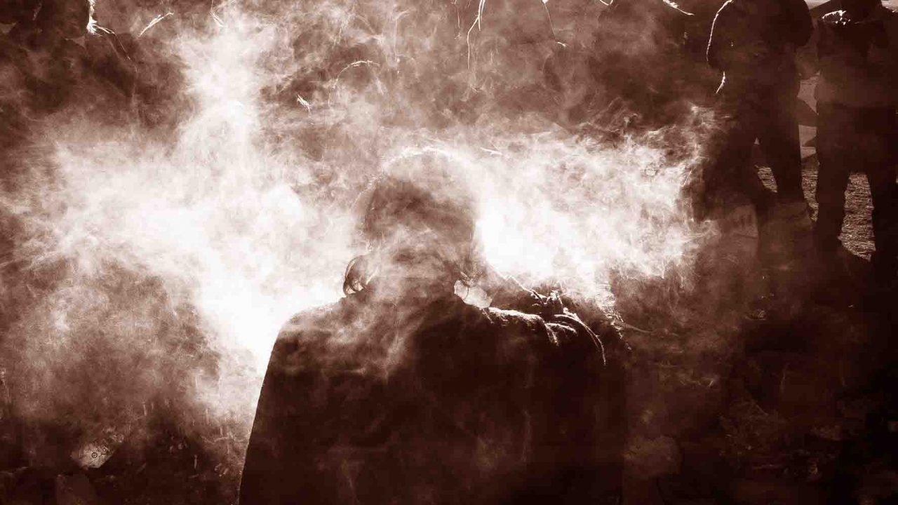 Chamanisme, cérémonie du Saint pur, lecture du corps au travers de la fumée du cigare, Oasis