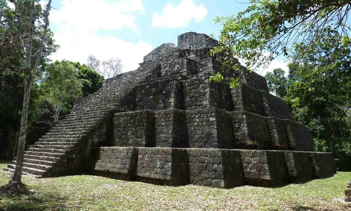 Yaxha, Guatemala, Oasis