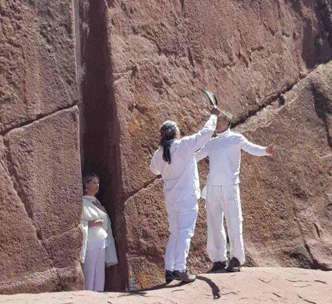 Porte d'Hayu Marca, rituel de Paullo, Pérou, Oasis