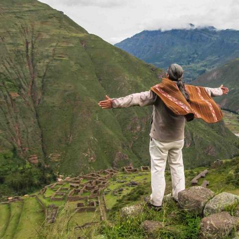 Rrituel de Paullo, Pérou, Oasis