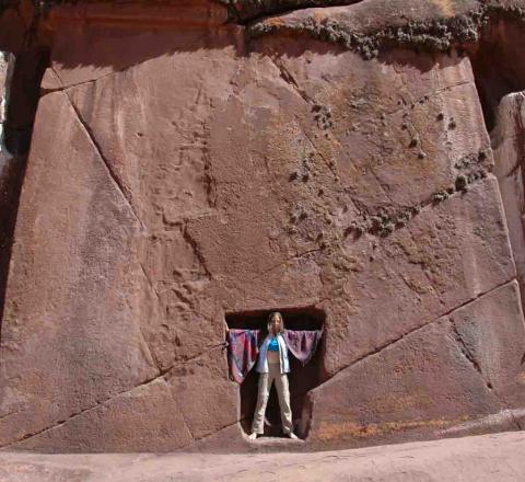Porte interdimensionnelle d'Hayu Marca, Pérou, Oasis