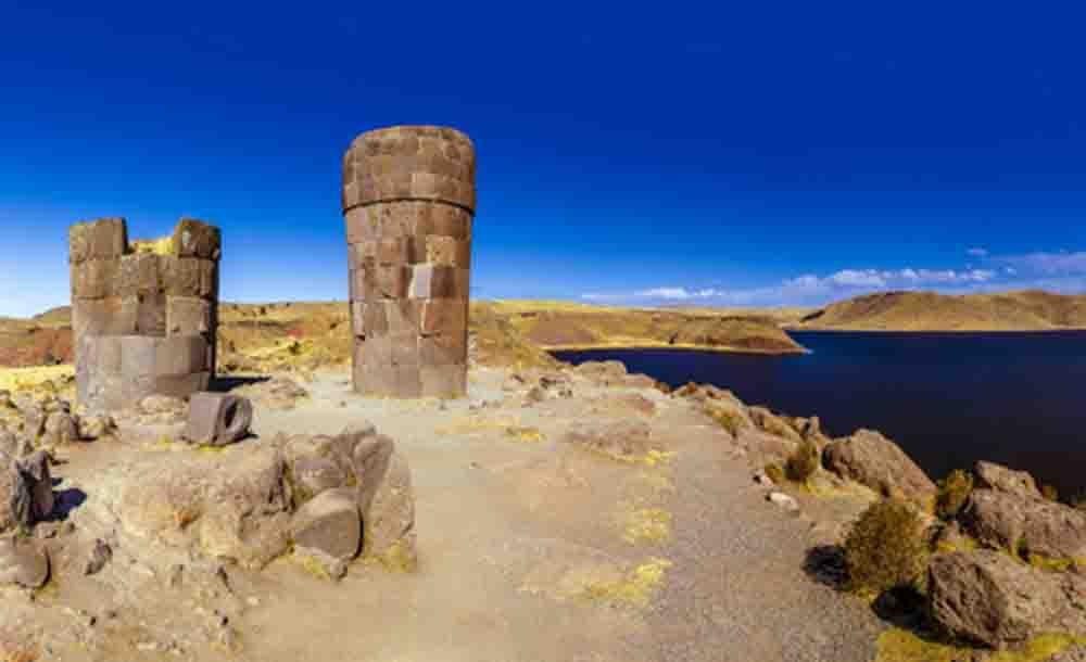 Chullpas de Sillustani, Pérou, Oasis