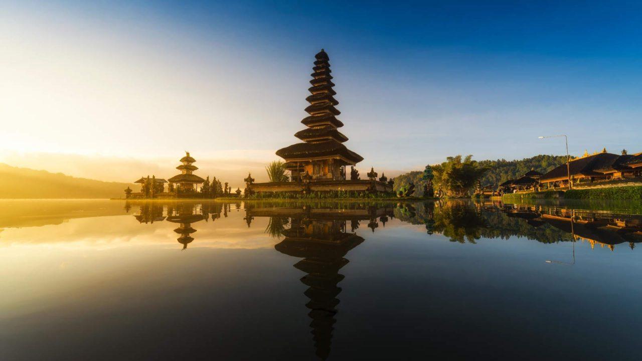 Sérénité du temple Ulun Danu Bali Oasis