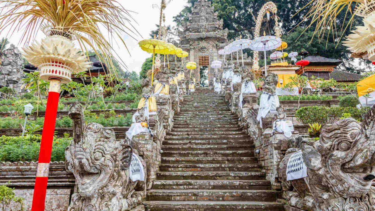 Temple Kehen Bali Oasis