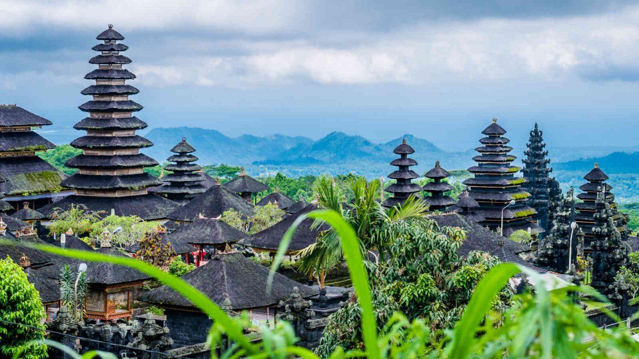 Temple sacré Besakih Bali Oasis