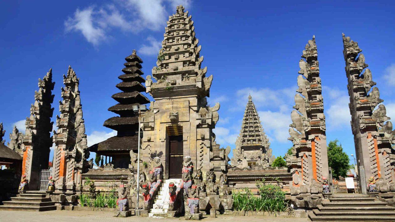 Temple Ulin danu batur Bali Oasis