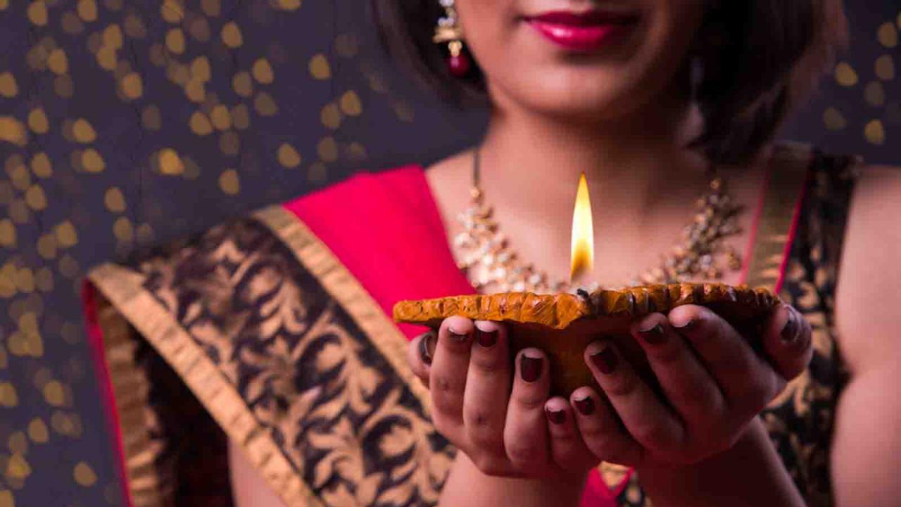 Offrande de lumière et puja, Inde, Oasis