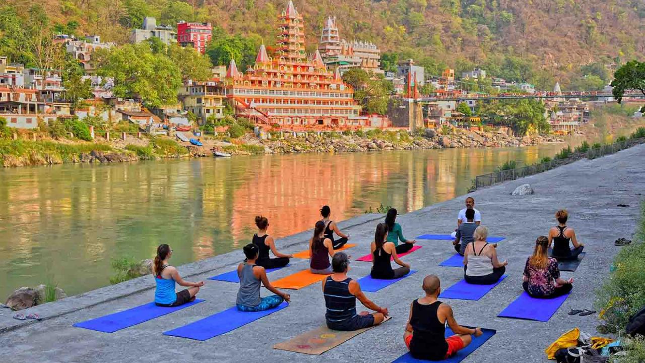 Cours de Yoga à Rishikesh, Inde, Oasis