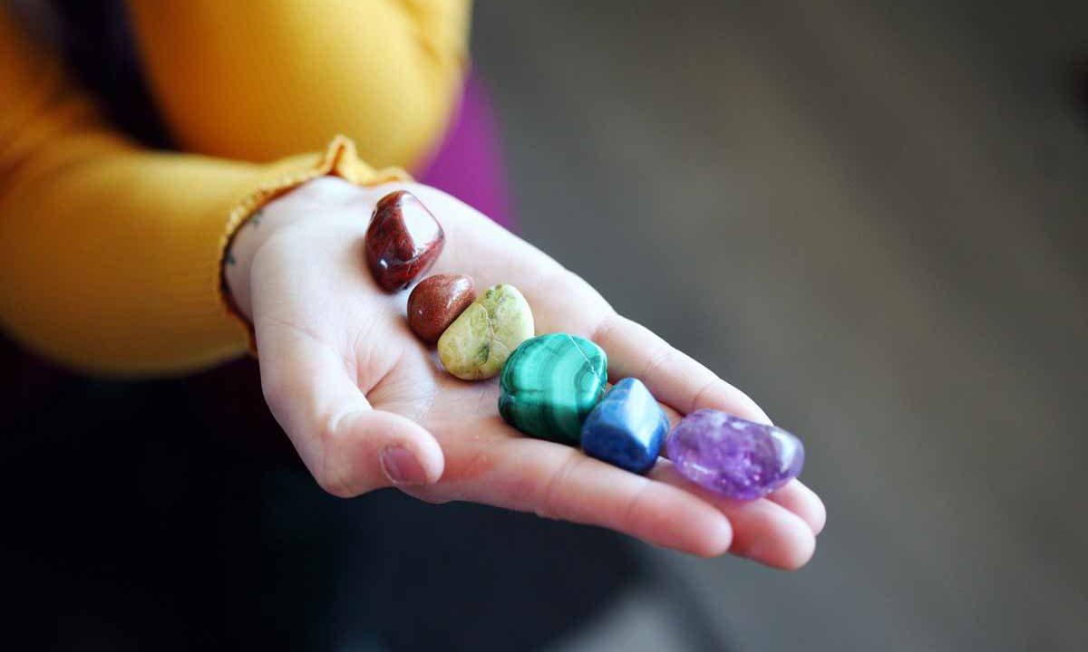 Pierres aux couleurs des chakras,, Oasis