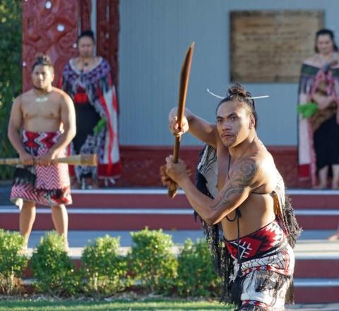 Danse traditionnelle Maori Nouvelle-Zélande Oasis