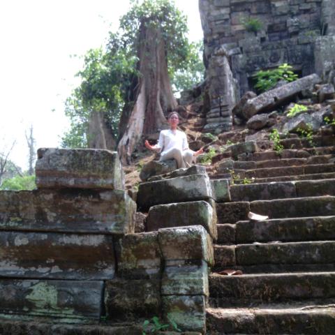 Méditation temple Cambodge Oasis