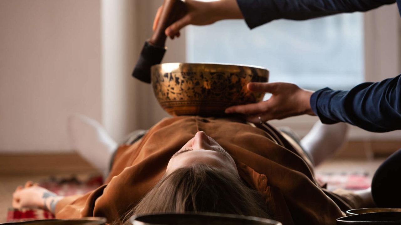 Massage traditionnel Tibet, voyage initiatique Oasis