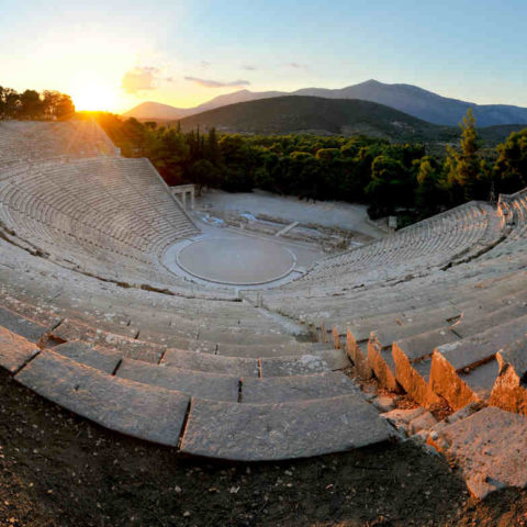 Lever de soleil sur Epidaure Grèce Oasis